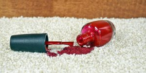 Clean the varnish from the carpet