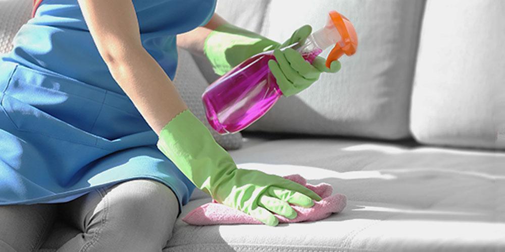 آیا لکه چربی روی مبل پاک شدنی است؟
