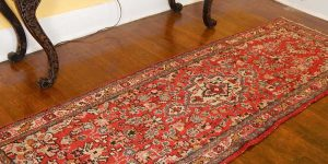 فرش اراک از جمله فرشهای دستباف در ایران است